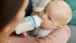 Tập cho bé bú bình như nào?