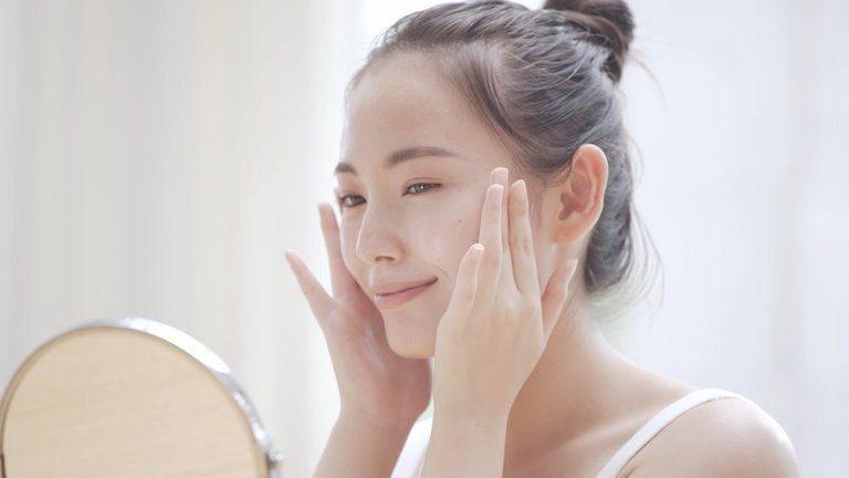 Nước hoa hồng Collagen 3W Clinic có tốt không? Sử dụng thế nào?
